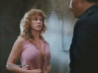 The Breasty Blond Lori Jo Hendrix Fucked In The Prison Shower