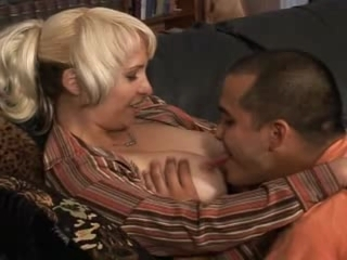 Mature Mom SOPHIA Love melons