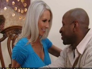 Sexy milf Emma Starr fucks her neighbor