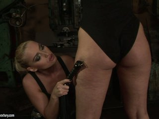 Kathia Nobili wench use whip to a horny chick