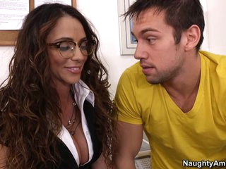 Teacher Ariella Ferrera is hot, horny and ready