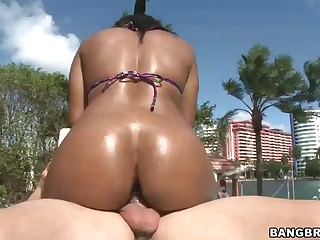 Dark hot ass babe Imani Rose gets nailed by white dude