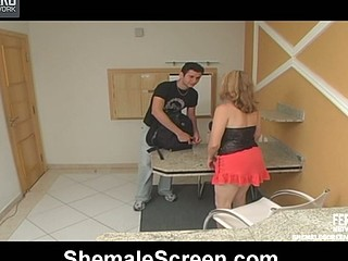 Well endowed shemale craving to probe succulent slit with her mighty 10-Pounder