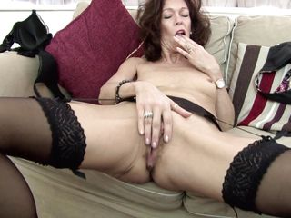 See this mature lady doing a solo play and having fun out of it. Look at her nice small tits as she is taking off her clothes. She touches herself with passion and fingering her clitoris. She uses that vibrator in her C-section too, so that she gets hornier and keeps playing for a long time! Watch!