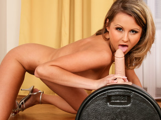 Zoe is ready to sit on her sybian machine & get herself off!